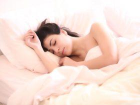 今日からぐっすり!すぐに欲しくなる睡眠の質向上グッズ紹介します!