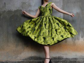 ドレスは柄で決まる!柄の印象とTPOに合わせた柄選び紹介します!