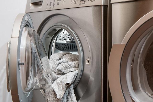 ドラム式の洗濯機