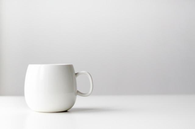 白湯飲んでる女子が急増中!簡単にできる白湯の美容効果をみてみよう!