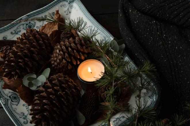 クリスマスに飾るキャンドルアレンジのコツと注意点