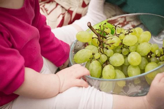 幼児食はどれくらい食べさせたらいい?具体的な量と注意点