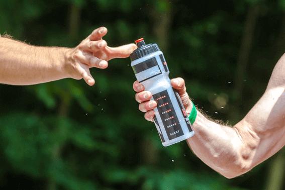 要注意!スポーツでの水分補給の役割やその方法