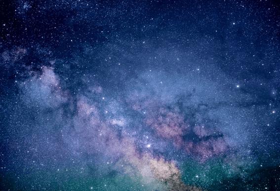 星占いではホロスコープを使って星座を読み解く