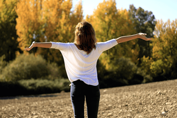 ピラティスの呼吸法は難しい?特徴とやり方をレクチャー