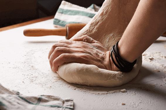 パン屋になるには?必要な資格と実際の流れ