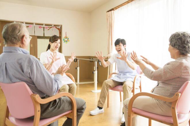 音楽療法の資格を取れば、子供の発達や介護予防に活かせる!