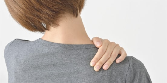 肩こり、腰痛に悩まされている人