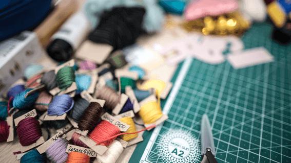 刺繍を仕事にするために資格取得を目指そう