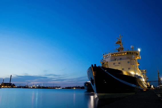 ルノルマンカードの「船」が表す意味とは?