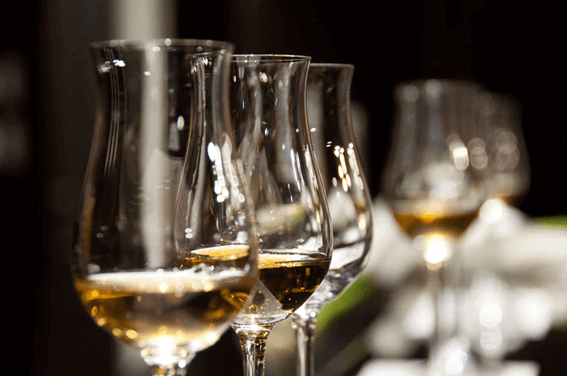 ワインを飲む時におすすめの温度とは?