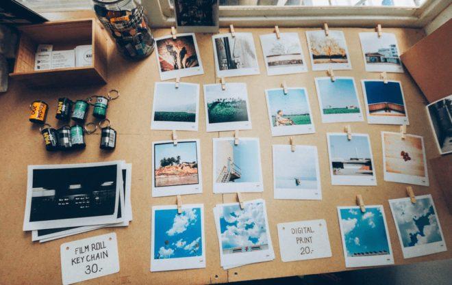スクラップブッキングとは写真を気軽に楽しむ方法のひとつ